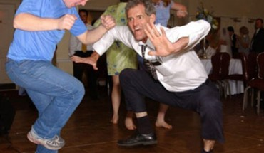 white-people-dancing